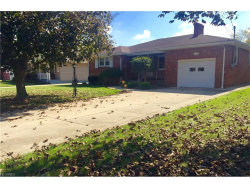 Photo of 352 Geneva Ave, Struthers, OH 44471 (MLS # 3947207)