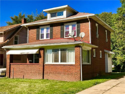 Photo of 310 East Ravenwood Ave, Youngstown, OH 44507 (MLS # 3951149)