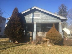 Photo of 1736 East Midlothian Blvd, Youngstown, OH 44502 (MLS # 3962899)