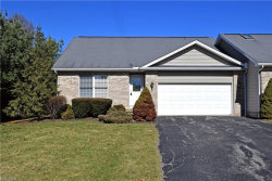 Photo of 220 Bayview Dr, Cortland, OH 44410 (MLS # 3975231)