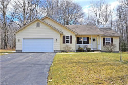 Photo of 165 Ruth Ave, Cortland, OH 44410 (MLS # 3977774)