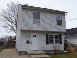 Photo of 1086 Peach Blvd, Willoughby, OH 44094 (MLS # 3978232)
