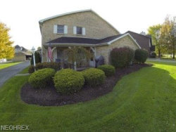 Photo of 3761 Indian Run Dr, Unit 4, Canfield, OH 44406 (MLS # 3978388)