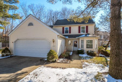 Photo of 5794 Ridgeview Ln, Willoughby, OH 44094 (MLS # 3980932)