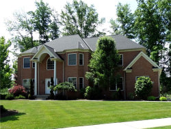 Photo of 360 Glasgow Dr, Highland Heights, OH 44143 (MLS # 3983443)