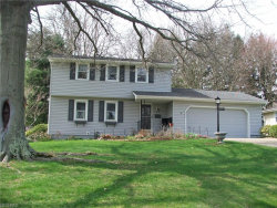 Photo of 1523 Rose Hedge Dr, Poland, OH 44514 (MLS # 3991022)