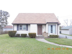 Photo of 216 Eldon Dr Northwest, Warren, OH 44483 (MLS # 3991833)