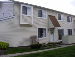 Photo of 5512 Sutton Ln, Unit B, Willoughby, OH 44094 (MLS # 3997819)