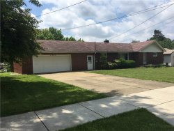 Photo of 321 Porter Ave, Campbell, OH 44405 (MLS # 4004794)