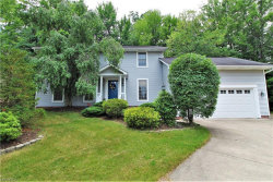 Photo of 3501 Hunters Crossing, Stow, OH 44224 (MLS # 4011178)