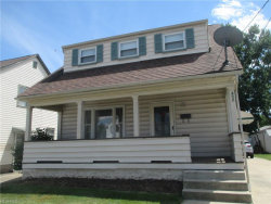 Photo of 452 West Wilson St, Struthers, OH 44471 (MLS # 4019350)