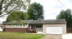 Photo of 2324 Lynnwood Dr, Stow, OH 44224 (MLS # 4029438)