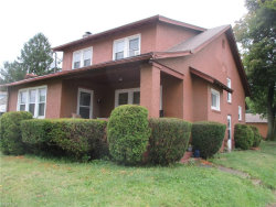 Photo of 586 East Florida Ave, Youngstown, OH 44502 (MLS # 4036610)