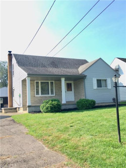 Photo of 124 Grimm Heights Ave, Struthers, OH 44471 (MLS # 4038784)