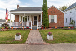 Photo of 382 West Wilson St, Struthers, OH 44471 (MLS # 4042233)