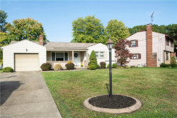 Photo of 24 Lucerne Ln, Youngstown, OH 44511 (MLS # 4044633)