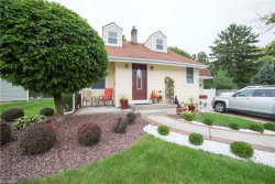 Photo of 2456 Edgewater Dr, Poland, OH 44514 (MLS # 4045980)