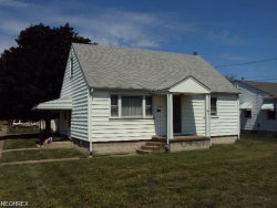 Photo of 1302 Detroit Ave, Youngstown, OH 44502 (MLS # 4051844)