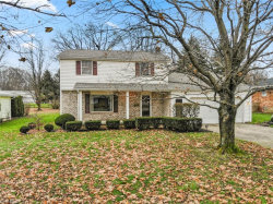 Photo of 1469 Rose Hedge, Poland, OH 44514 (MLS # 4056340)