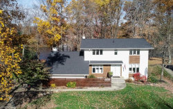 Photo of 8733 Lake Forest Trl, Chagrin Falls, OH 44023 (MLS # 4056728)