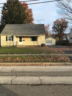 Photo of 709 Allerton St, Kent, OH 44240 (MLS # 4057668)