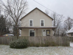 Photo of 2710 Orchard Ave Southeast, Warren, OH 44484 (MLS # 4057695)