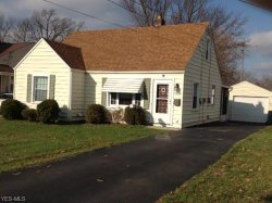 Photo of 1630 Meadowbrook Ave, Youngstown, OH 44514 (MLS # 4058427)