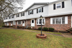 Photo of 2 East Carriage Dr, Chagrin Falls, OH 44022 (MLS # 4067746)