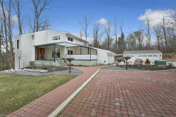 Photo of 8740 Tanglewood Trl, Chagrin Falls, OH 44023 (MLS # 4068954)