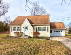 Photo of 14894 Grant Dr, Middlefield, OH 44062 (MLS # 4072333)