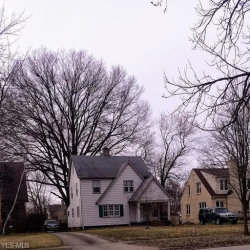 Photo of 4308 Euclid Blvd, Youngstown, OH 44512 (MLS # 4079527)