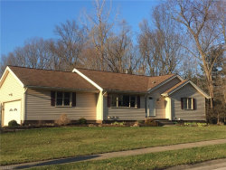 Photo of 1505 Woodlake Blvd, Stow, OH 44224 (MLS # 4084163)
