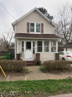 Photo of 1106 Belleview Ave, Barberton, OH 44203 (MLS # 4088729)