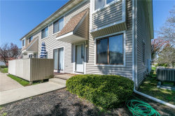 Photo of 5541 Bretton Ct, Unit 1-C, Willoughby, OH 44094 (MLS # 4093781)