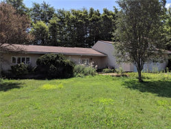 Photo of 15695 Edgewood Dr, Middlefield, OH 44062 (MLS # 4119203)