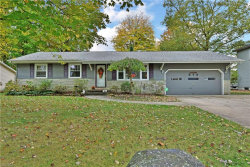 Photo of 579 Meadowland Dr, Hubbard, OH 44425 (MLS # 4143255)