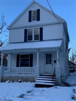 Photo of 972 Front St Southwest, Warren, OH 44485 (MLS # 4149820)