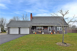 Photo of 127 South Colonial Dr, Cortland, OH 44410 (MLS # 4153388)
