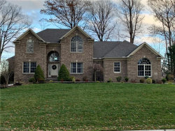 Photo of 11010 Quail Hollow Dr, Concord, OH 44077 (MLS # 4153395)