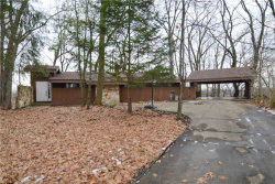 Photo of 2034 Chestnut Hill Dr, Youngstown, OH 44511 (MLS # 4162850)