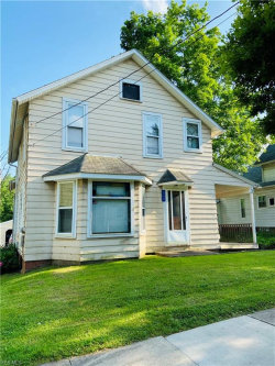 Photo of 332 East Riddle Ave, Ravenna, OH 44266 (MLS # 4196143)