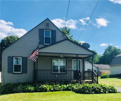 Photo of 21 Edgewater Dr, Poland, OH 44514 (MLS # 4199519)