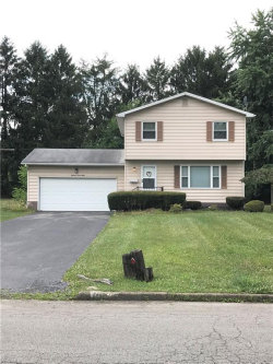 Photo of 1898 Paisley St, Austintown, OH 44511 (MLS # 4201294)