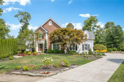 Photo of 324 Lakeview Cir, Aurora, OH 44202 (MLS # 4219345)