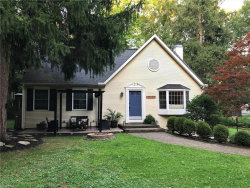 Photo of 17157 Sunset Dr, Chagrin Falls, OH 44023 (MLS # 4219352)