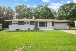 Photo of 310 Montridge Dr, Canfield, OH 44406 (MLS # 4223788)