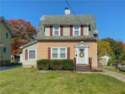 Photo of 1634 Wakefield Ave, Poland, OH 44514 (MLS # 4231741)