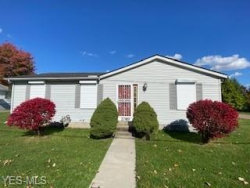 Photo of 2089 Oxford St, Twinsburg, OH 44087 (MLS # 4232997)