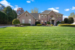 Photo of 3814 Hunters Hl, Poland, OH 44514 (MLS # 4235330)