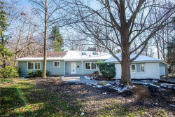 Photo of 17096 Eastview Dr, Chagrin Falls, OH 44023 (MLS # 4241157)